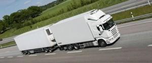 18-05-2016 Los transportistas deberán solicitar simultáneamente hasta tres autorizaciones de circulación para un megacamión