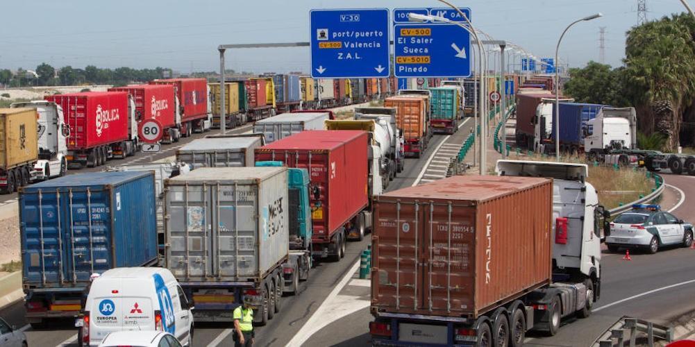 El transporte portuario por carretera empieza a notar escasez de  contenedores – ACE